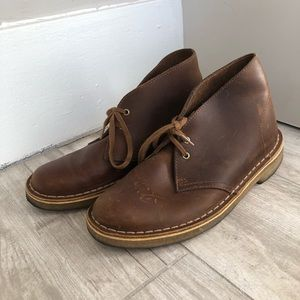 Clark's Brown Desert Boot lace up shoe size 6